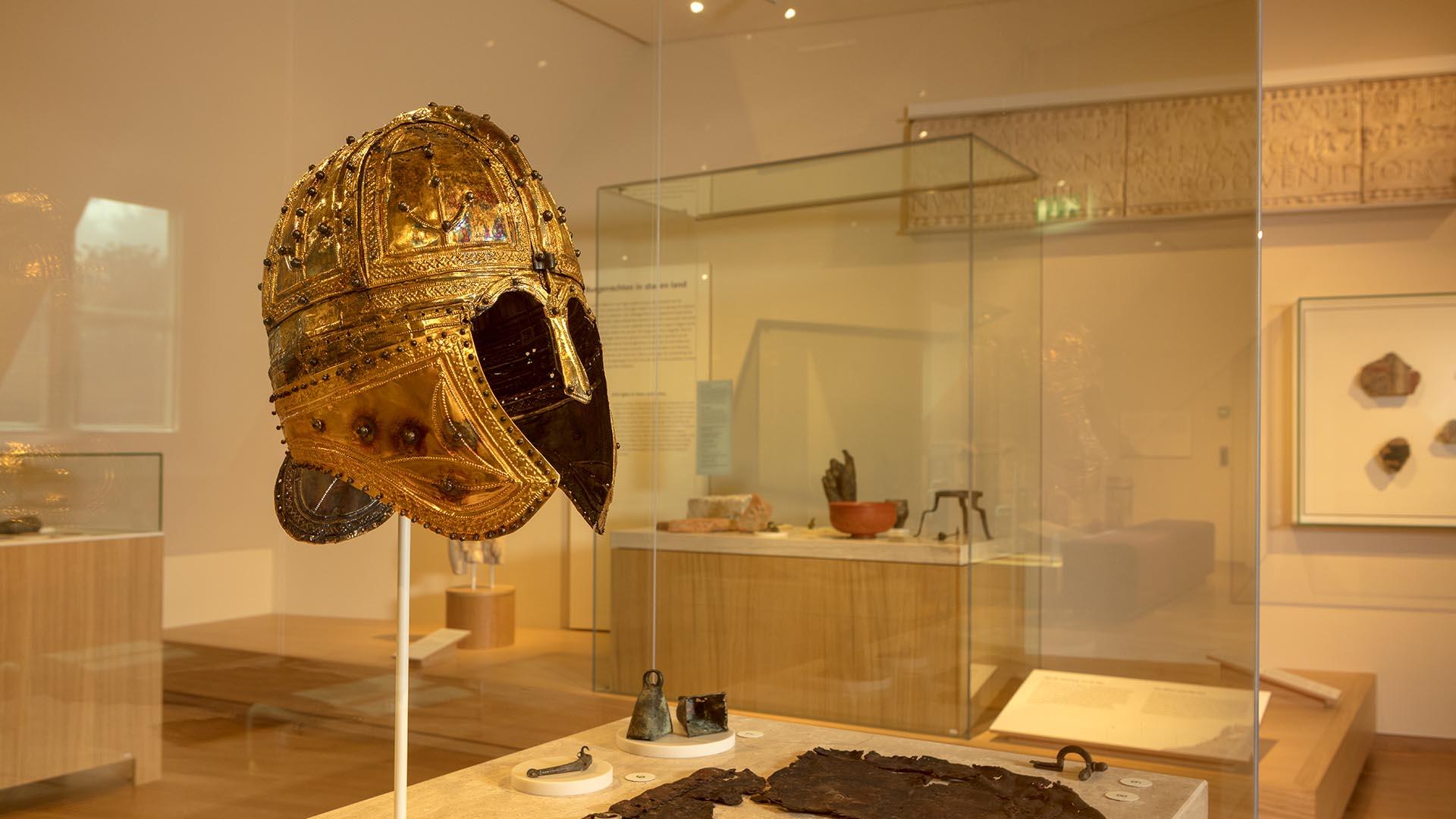 Peelhelm Rijksmuseum van Oudheden